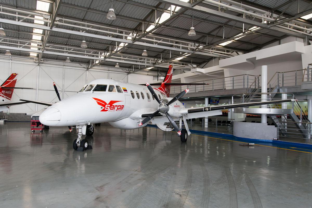 Jet de 19 pasajeros que nos llevó desde Bogotá a La Macarena