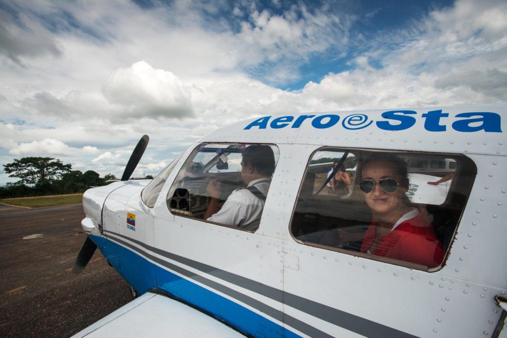 Avioneta que viaja a Caño Cristales