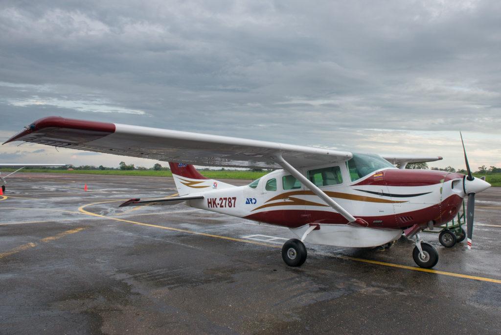 Avioneta pequeña, para 5 pasajeros que cubre la ruta Villavicencio - La Macarena