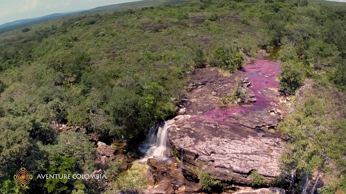 Hermosas cascadas en Caño Cristales, Colombia